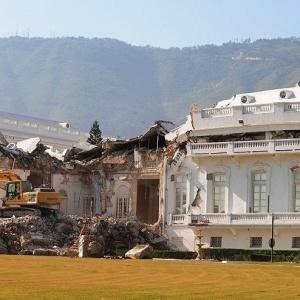 Palácio presidencial do Haiti foi destruído após terremoto que atingiu país em 2010