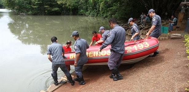Bombeiros buscam corpo de Eliza Samudio em parque de Belo Horizonte