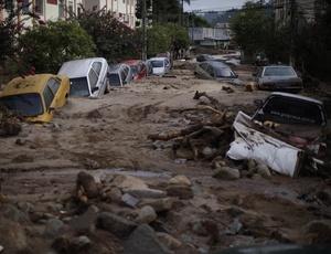 Enchente e deslizamento de terra em  Nova Friburgo, no Rio de Janeiro, em janeiro de 2011, é um dos eventos relacionados à mudança climática