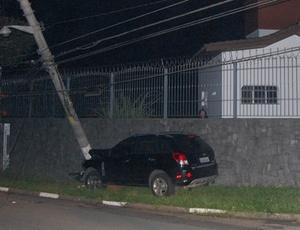 Carro do deputado federal Alexandre Leite da Silva após acidente em SP