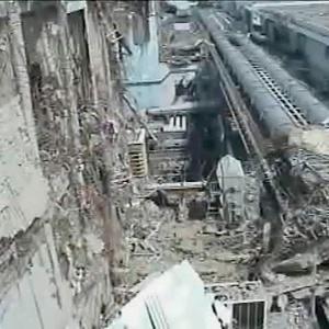Imagem cedida pela empresa que opera a Usina Nuclear de Fukushima, no Japão, mostra danos causados por tsunami em 2011