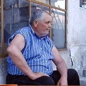 O búlgaro Zaprian Lozanov: pensativo... e sem pênis