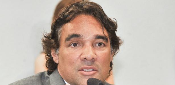 Senador Edison Lobão Filho (PMDB-MA) durante reunião da Comissão de Assuntos Econômicos (CAE) no Senado