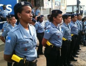 UPP do conjunto de favelas do São Carlos apresenta policiais que atuarão na segurança da região