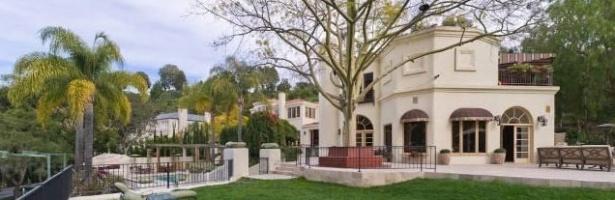 Antiga mansão de Arnold Schwarzenegger está à venda por US$ 23,5 milhões na Califórnia, EUA