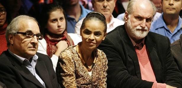 A ex-senadora Marina Silva entre os empresários Guilherme Leal e Ricardo Young