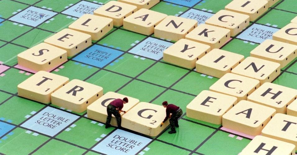 Palavras cruzadas - imagem ilustrativa para UOL Tabloide