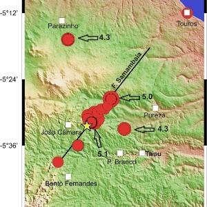 Imagem mostra, em vermelho, os locais dos maiores tremores já registrados na região da falha de samambaia, que tem 38 km de extensão no Rio Grande do Norte e é a maior falha geológica do país, segundo o laboratório de Sismologia da UFRN