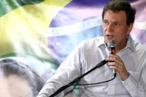 Senador Marcelo Crivella (PRB-RJ) vai assumir o Ministério de Pesca no lugar de Luiz Sérgio de Oliveira (PT-RJ). O anúncio foi feito nesta quarta-feira (29) pelo Palácio do Planalto
