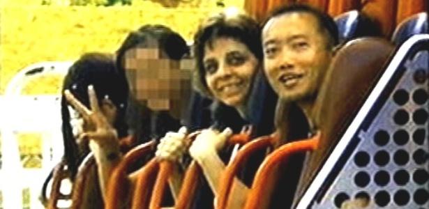 Imagem divulgada pela família mostra Gabriela Nichimura (última à esq.) momentos antes do acidente