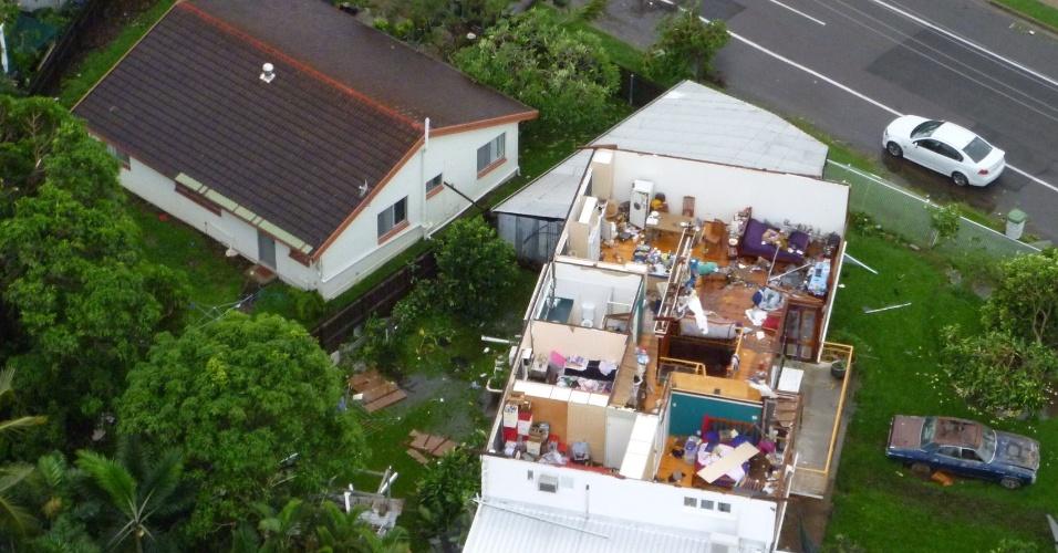 Tornado causa destruição, arranca telhados, derruba linhas de energia e fere nove pessoas na cidade de Townsville, na Austrália