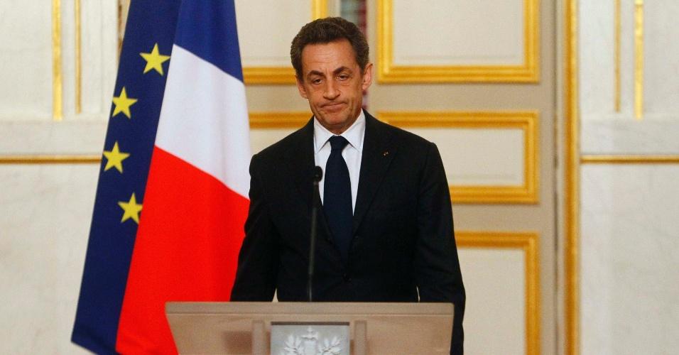 21.mar.2012 - O presidente francês, Nicolas Sarkozy, disse hoje que no palácio de Elysee, em Paris, que a França não deve ceder ao desejo de vingança ou à discriminação por causa das mortes de um rabino e de três crianças em uma escola judaica em Toulouse