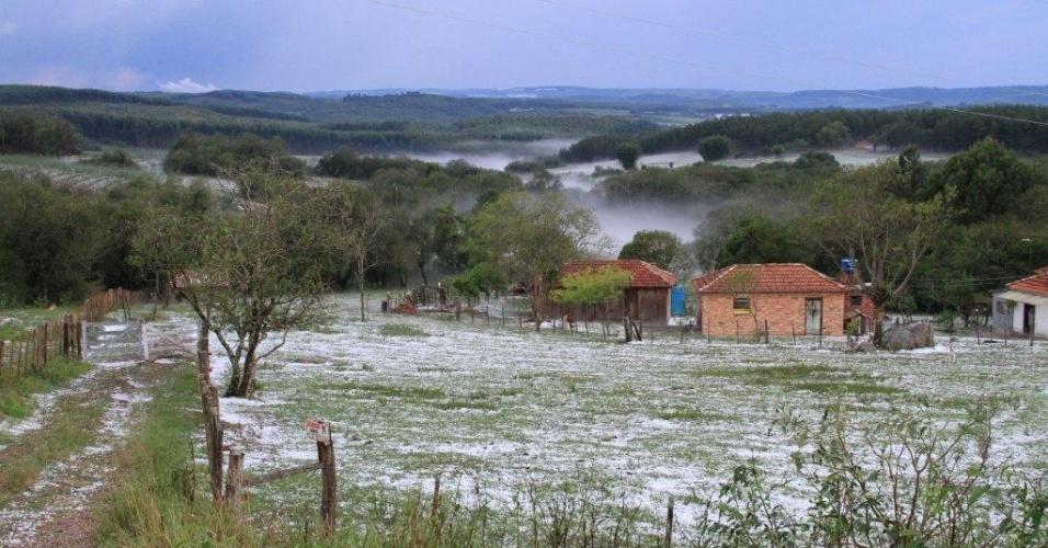 Granizo muda paisagem de Encruzilhada do Sul (RS)