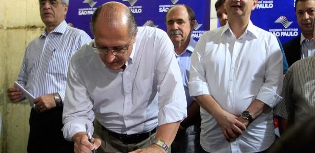Governador vetou artigo que exigia a apresentação de relatórios quadrimestrais sobre gastos com a Copa