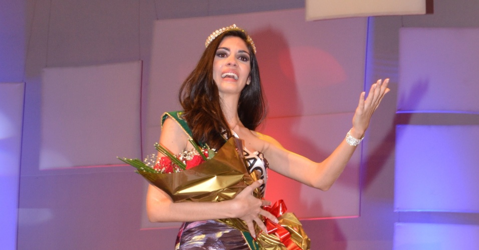 A vencedora do Miss Cear&#225; 2012, Milena Ferrer, 20, que vai disputar o t&#237;tulo de Miss Brasil 2012