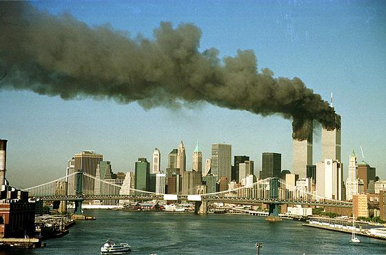 Brad Rickerby/Reuters - 11.set.2001