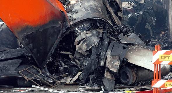 18.jul.2007 - Destroços do Airbus da TAM, que caiu nas proximidades de Congonhas