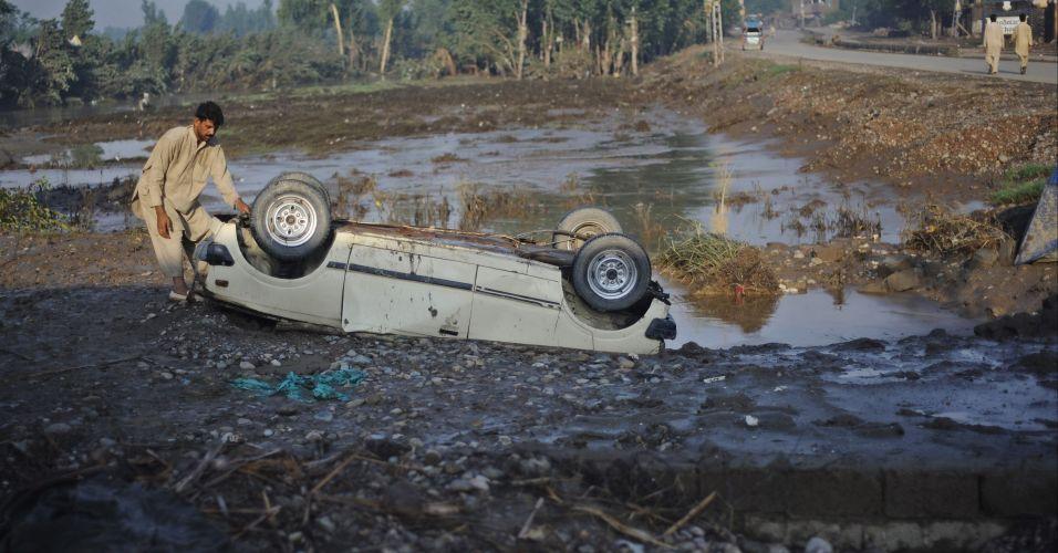 Enchentes no Paquistão