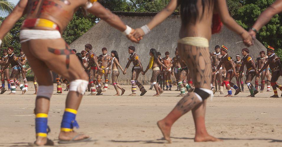 Índios em celebração