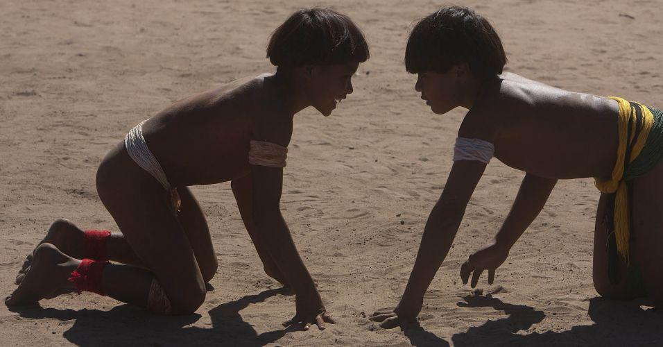 Crianças no huka huka