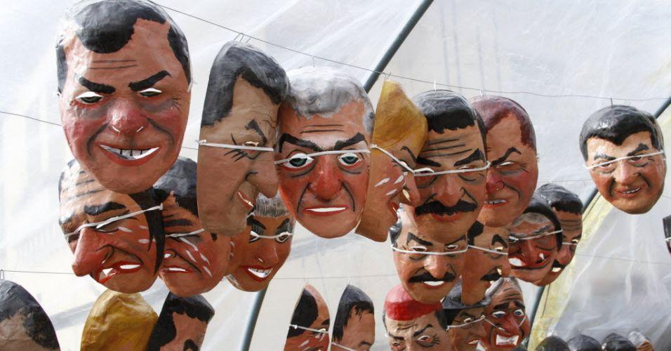 Máscaras em Quito (Equador)