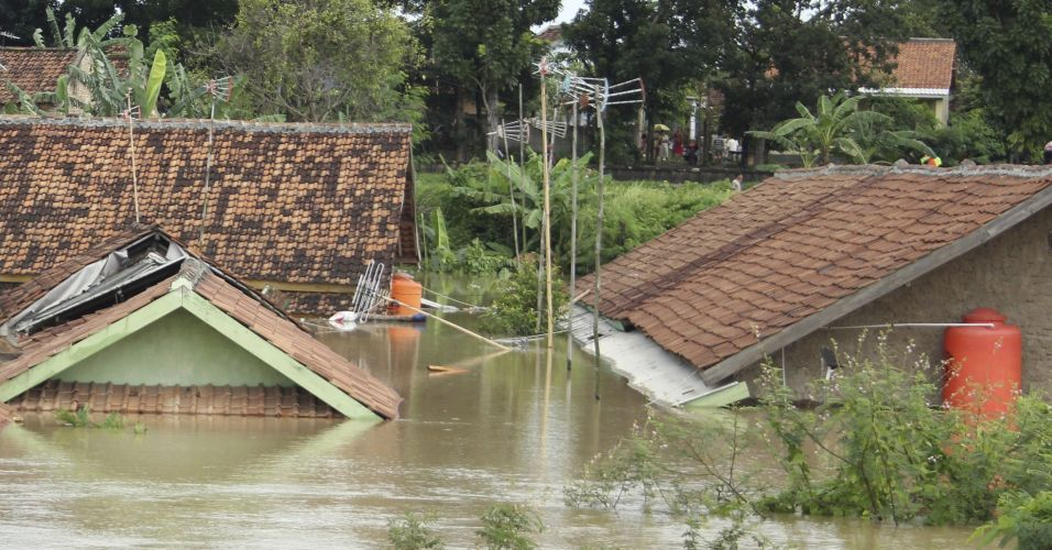Enchente na Indonésia