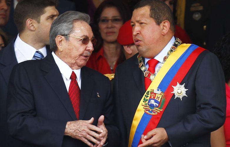 Raul Castro e Chávez