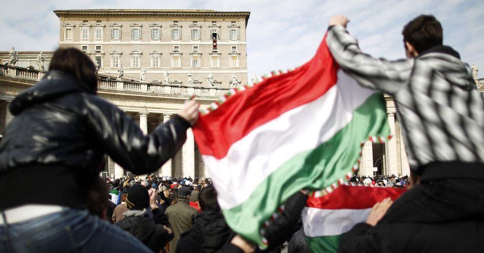 Papa pede fim da violência na Síria