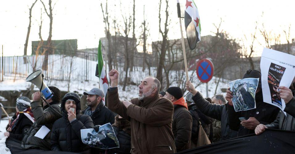 Sírios protestam na Suécia