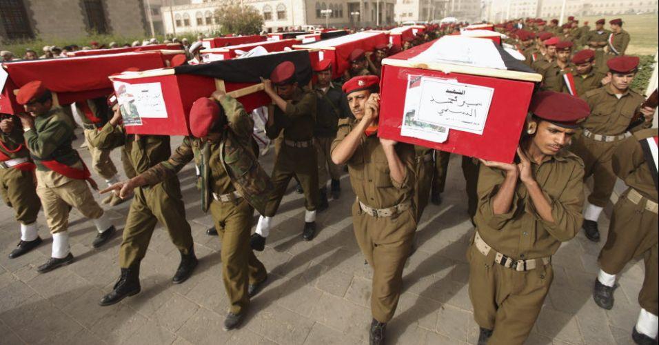 Marcha fúnebre no Iêmen