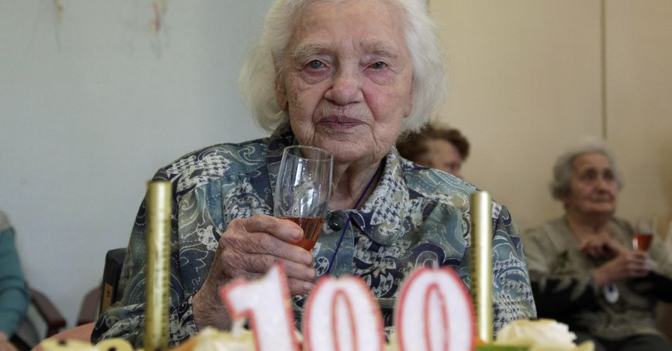 Anivers&aacute;rio de 100 anos