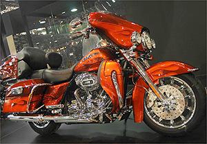 bmw harley e outras motos 39 premium 39 brilham no duas rodas 08 10 2009 motos uol carros. Black Bedroom Furniture Sets. Home Design Ideas