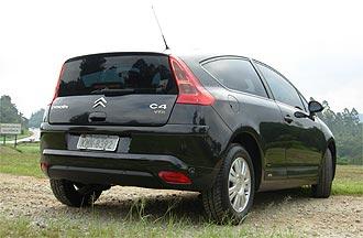 O VTR, que possui uma traseira peculiar, começa em R$ 71.325