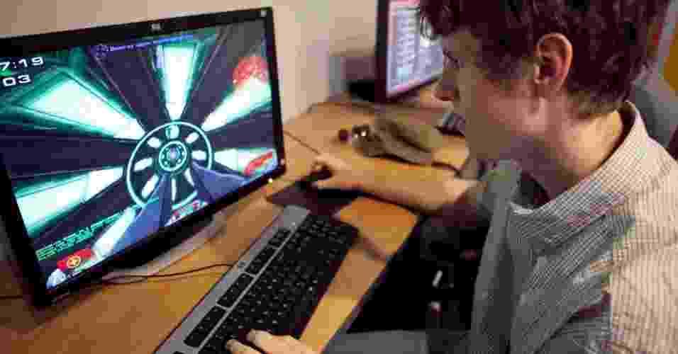 jogos, games, videogames, jogando - vancouverfilmschool/Flickr