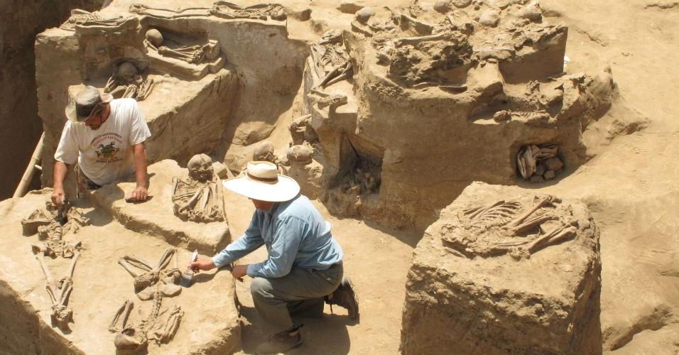 Arqueologia, arqueólogo, profissão, emprego, viagem
