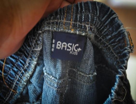 As roupas eram vendidas nos estabelecimentos das Lojas Americanas, com a etiqueta Basic+Kids