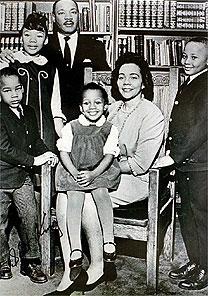 Martin Luther King Jr. Center for Nonviolent Social Change via NYT - dez.1966