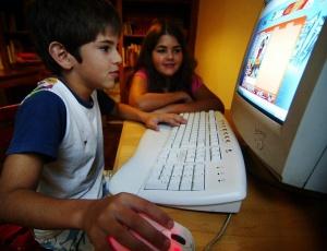 Crianças e adolescentes de 6 a 14 anos representam 12% do total de usuários de internet no Brasil