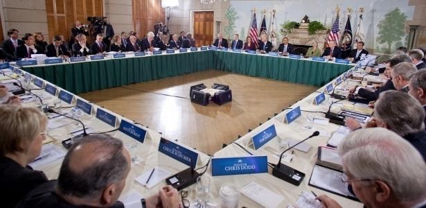 Barack Obama lidera encontro bipartidário para discutir reforma do sistema da saúde nos EUA