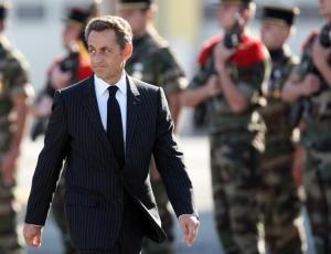 Frances Nicolas Sarkozy é um dos líderes que quer implementar medidas restritivas aos imigrantes