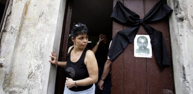 Cubanos prestam homenagem ao dissidente Orlando Zapata Tamayo, Havana, Cuba