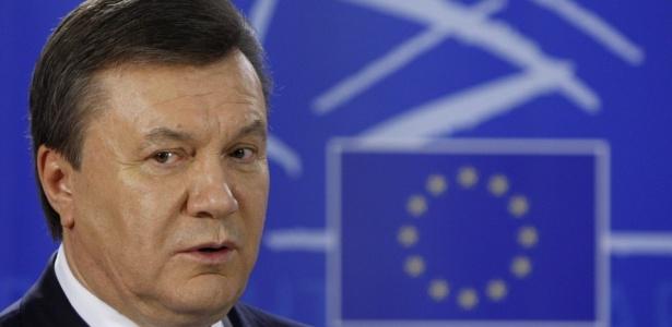 O presidente ucraniano Viktor Yanukovich durante entrevista no Parlamento Europeu