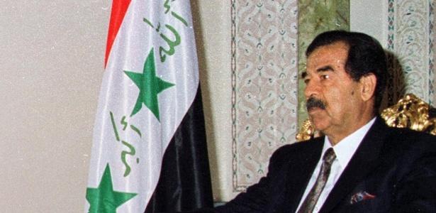 Saddam Hussein, ex-presidente do Iraque, em imagem de 1998