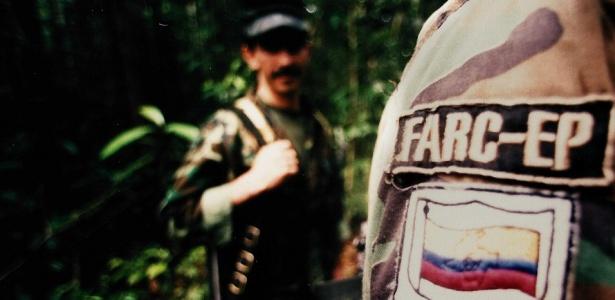 Acampamento das Farc em 2003; guerrilha diz que está será a última libertação unilateral