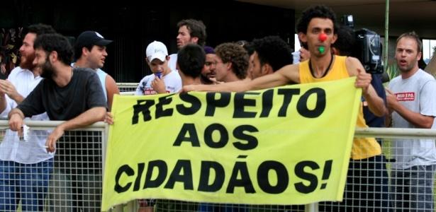 Estudantes fazem protesto em Brasília em nome da isonomia democrática brasileira