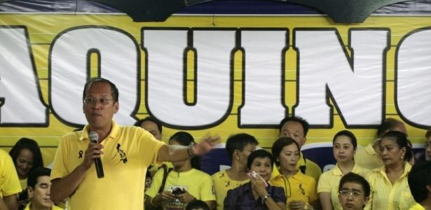 O candidato à presidência da Filipinas Benigno S. Aquino 3º durante comício