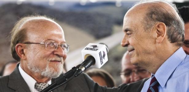 31.mar.2010 - José Serra e Alberto Goldman durante evento em São Paulo - Danilo Verpa/Folha Imagem