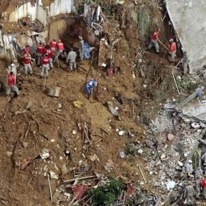 Chuvas que atingiram o Rio de Janeiro causaram diversos deslizamentos e vitimaram atleta do futsal