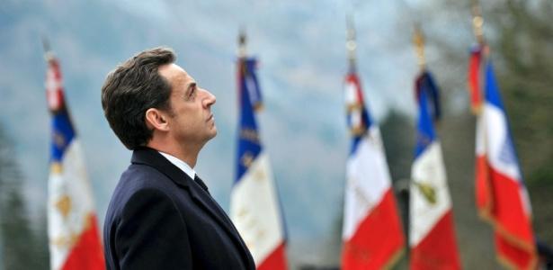 O presidente francês Nicolas Sarkozy em cerimônia militar em Thones, nos Alpes franceses