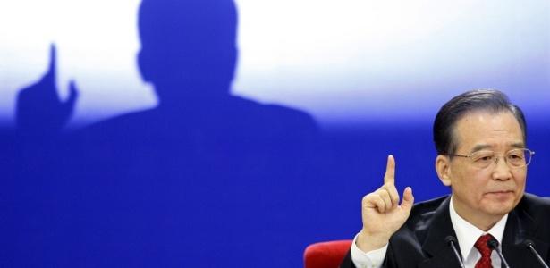 O primeiro-ministro chinês Wen Jiabao durante entrevista coletiva no encerramento de sessão legislativa, Congresso Nacional do Povo, em Pequim (China)